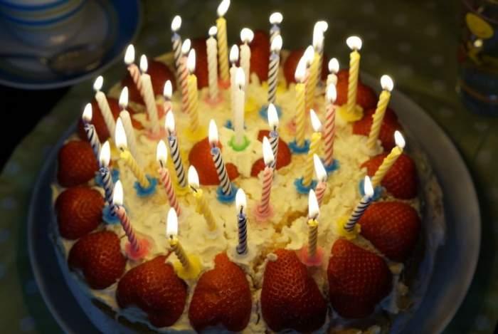 ÎNTREBAREA ZILEI! Ştiai că e bine să strănuţi de ziua ta de naştere?