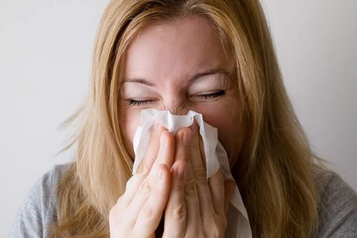 Mare atenţie la aceste simptome! Ele fac diferenţa între gripă şi răceală