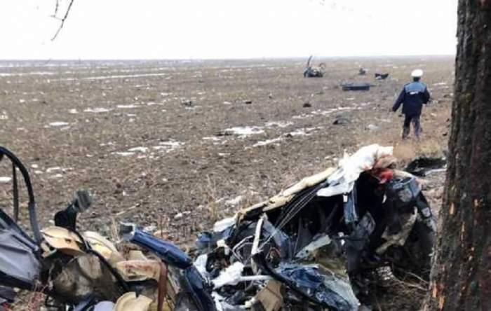 VIDEO / Accident cumplit în Teleorman. Patru morți, după ce o mașină s-a izbit de un copac
