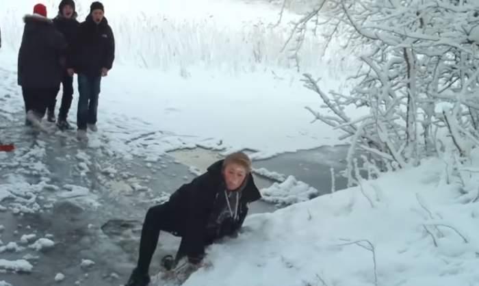 VIDEO / Ploaia îngheţată vine cu un val de fracturi! Sunt de cinci ori mai mulţi pacienţi la camerele de gardă
