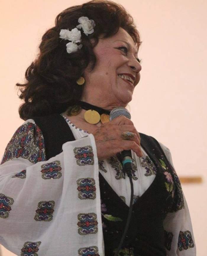 """A trecut un an de când Maria Ciobanu nu a mai urcat pe scenă. Ce se întâmplă cu """"ciocârlia"""" muzicii populare"""