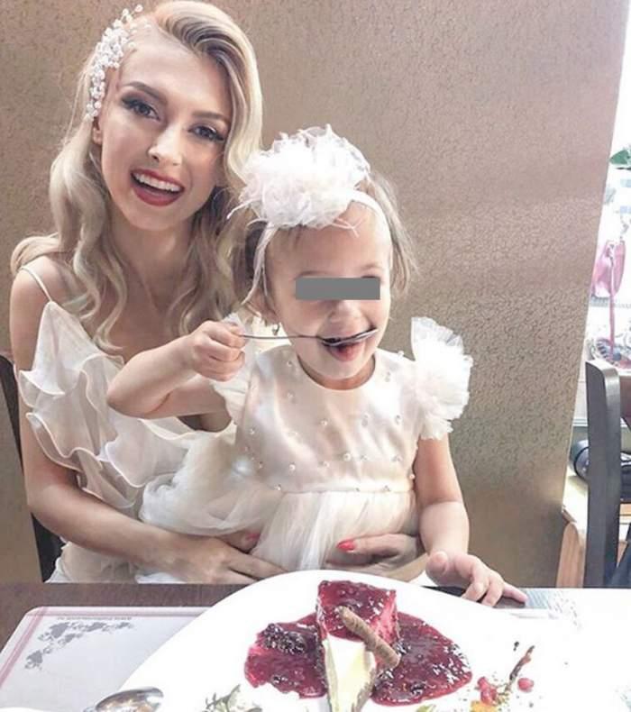 """Andreea Bălan, în culmea fericirii de ziua de naştere a fiicei sale. """"Avem petrecere în pijamale"""""""