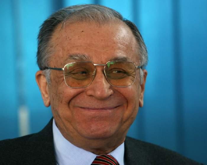 Ion Iliescu a fost externat, după aproape o săptămână de tratament în spital