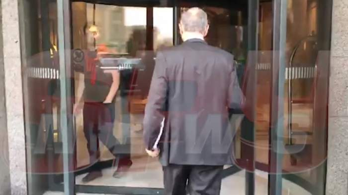 Apariție suprinzătoare la cununia fiicei lui Gigi Becali. Incredibil cine a apărut în holul hotelului. Nu era invitat