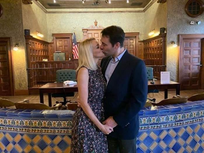 Veste mare în showbiz! Catrinel Sandu s-a căsătorit cu iubitul american! Primele imagini de la nuntă
