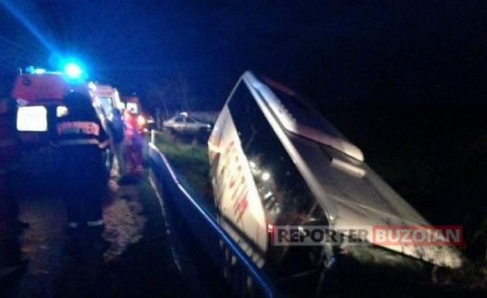 De la nuntă, la spital! Autocar plin cu nuntași, implicat în accident în Buzău