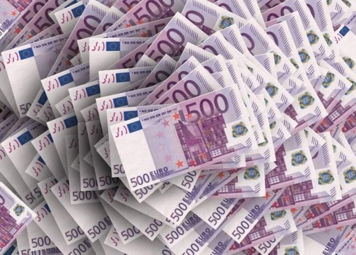 Curs valutar BNR, azi, 23 octombrie. Euro și lira sterlină se prăbușesc, dolarul american crește!