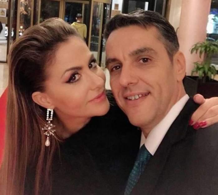 """Oana Turcu şi Cristi Brancu sunt în al nouălea cer. Prezentatorul a dat marea veste, în direct, la Antena Stars. """"Este o minune"""""""
