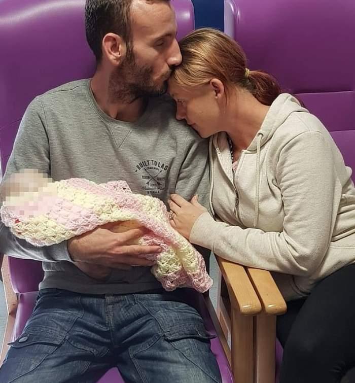 Bebeluș de doar două săptămâni, mort din cauza unui banal sărut! Greșeala fatală pe care au făcut-o părinții