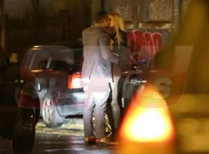 EXCLUSIV / VIDEO / Imagini incredibile cu Bianca Drăguşanu şi Alex Bodi, imediat după divorţ! Săruturi, lacrimi şi îmbrăţişări, în mijlocul străzii