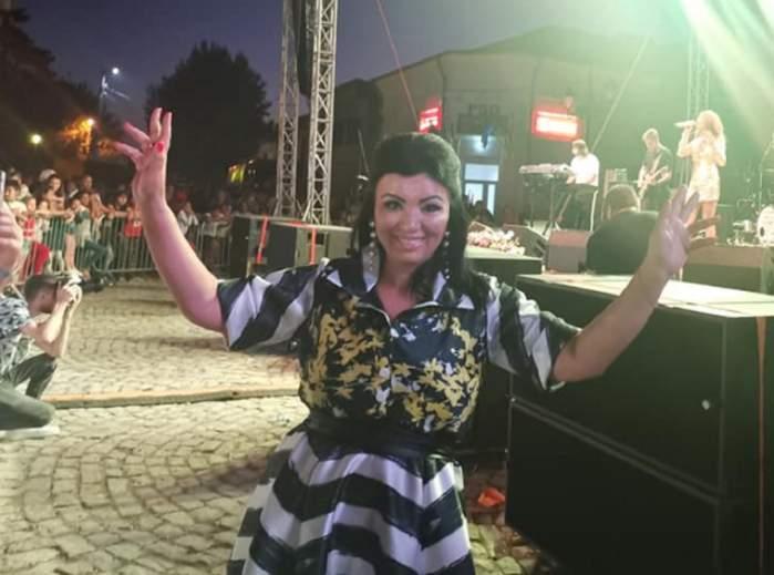 Adriana Bahmuțeanu, o nouă schimbare! S-a lăsat pe mâinile specialistului