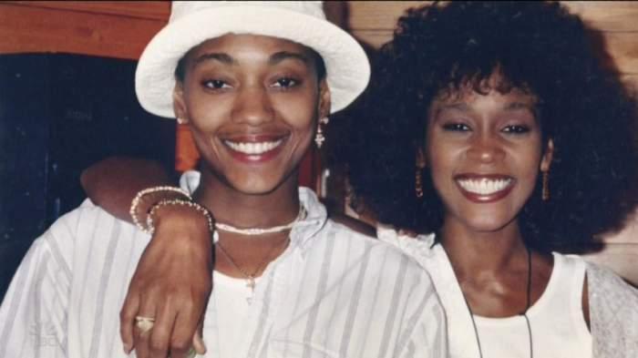 Fosta iubită a lui Whitney Houston, dezvăluiri picante despre relația lor! Cum a decurs prima noapte de amor