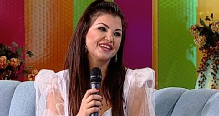 Claudia Ghițulescu și-a refăcut viața după divorț? Cine o face să zâmbească după coșmarul prin care a trecut