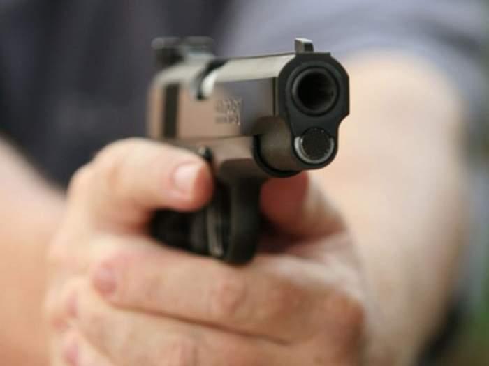 Crimă macabră! Un minor de 13 ani și-a împușcat iubita, pentru că a crezut că e însărcinată