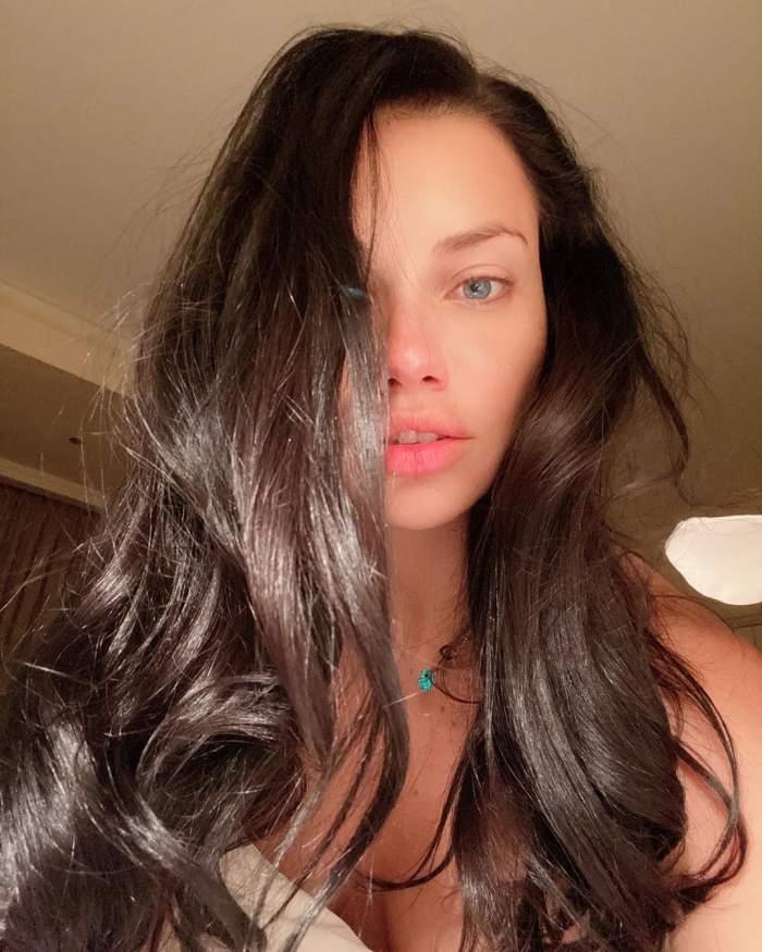 """Vestea care a zguduit showbizul! Un supermodel celebru s-a căsătorit virgină, la vârsta de 27 de ani. Cum a reușit """"performanța"""""""