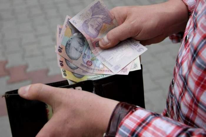 Salariul minim brut crește din 2020, cu 7,2%. La ce sumă se va ajunge