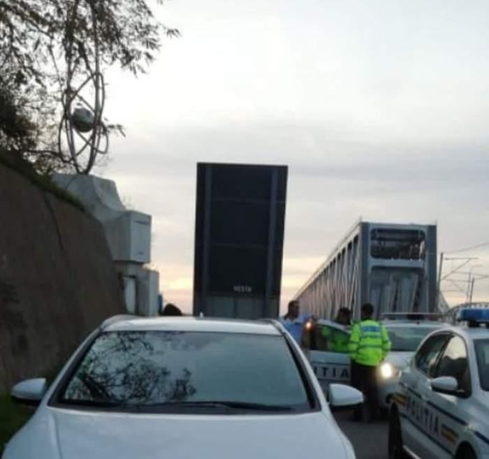 O femeie a sărit de pe podul de la Cernavodă, după ce soțul ei ar fi aflat că are un amant