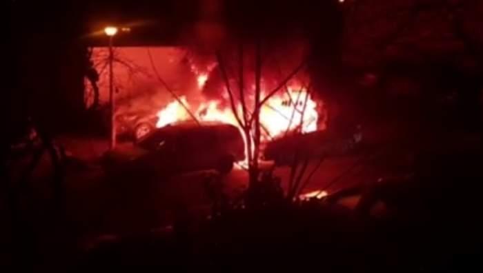 Explozii puternice, în cartierul Titan din București! Trei mașini s-au făcut scrum, într-o parcare. VIDEO
