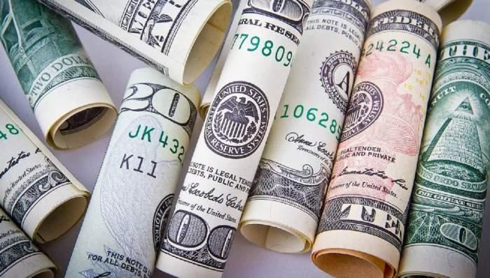 3 zodii care vor începe anul cu bani