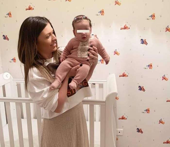 Ana Pîrvulescu şi-a botezat fetiţa în mare secret. O cunoscută vedetă este naşa micuţei Ania