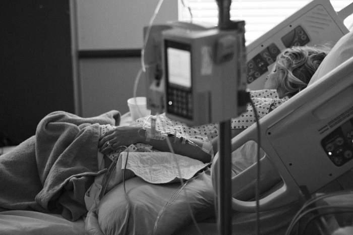 O femeie a mers la spital să se trateze de bronșită, dar a ajuns la morgă! Ce s-a întâmplat