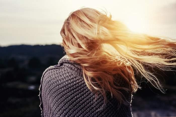 Masca de păr cu ulei de cocos, miracol pentru părul tău!