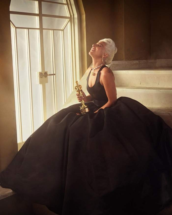 """Lady Gaga rupe tăcerea privind apropierea de Bradley Cooper de la Oscar 2019: """"Suntem doar prieteni"""""""
