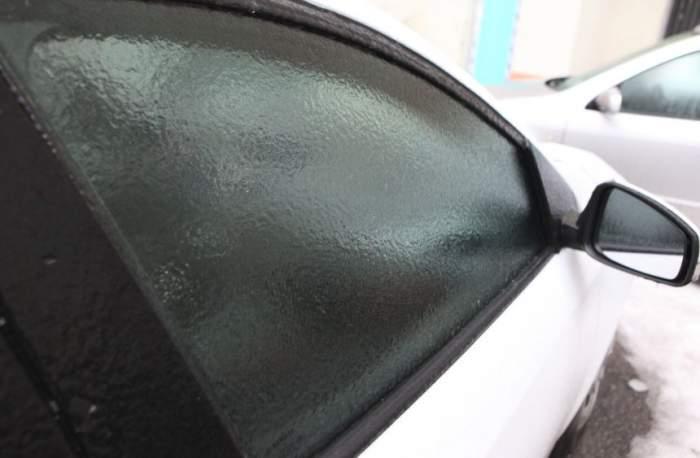 Veşti pentru bucureşteni! Ce se întâmplă cu despăgubirile pentru maşinile distruse de ploaia îngheţată