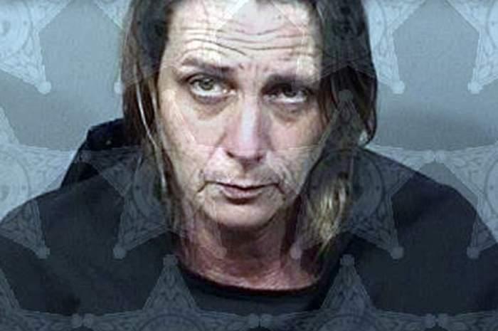 O femeie a fost arestată, după ce și-a împușcat iubitul pentru că sforăia prea tare