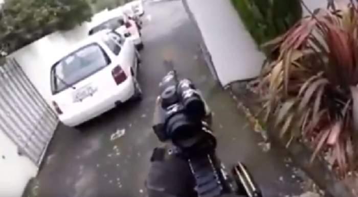 Nume românesc, scris pe armele atacatorului din Noua Zeelandă! Cum se explică acest lucru