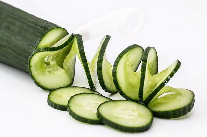 Dieta minune şi ieftină! Castraveţii te ajută să topeşti două kilograme în două zile