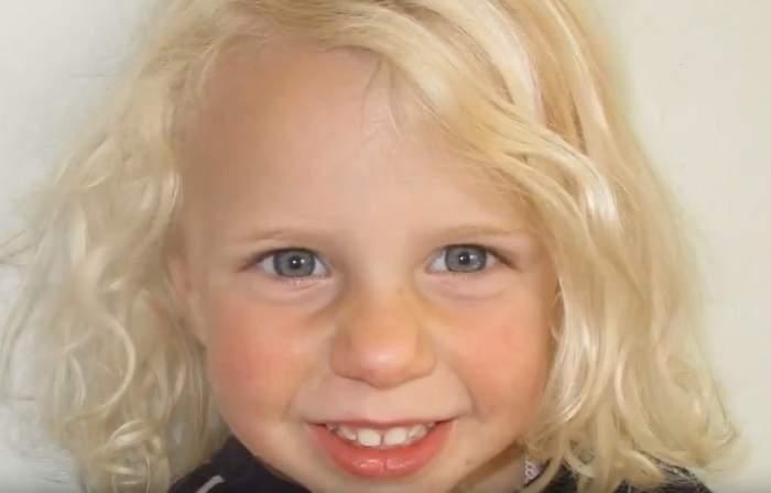 O mamă criminală și-a pus alarmă, ca să-i amintească să-și înece fetița de 3 ani în cadă