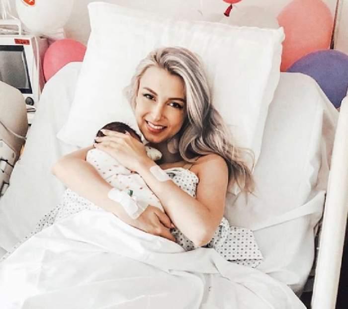 Andreea Bălan, vizită emoționantă la spital. Micuța Ella a venit să fie alături de mami