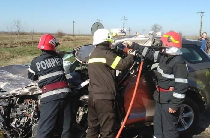 Accident cumplit în Arad, aproape de vama Nădlac! Un autoturism de teren a intrat puternic într-un camion. VIDEO