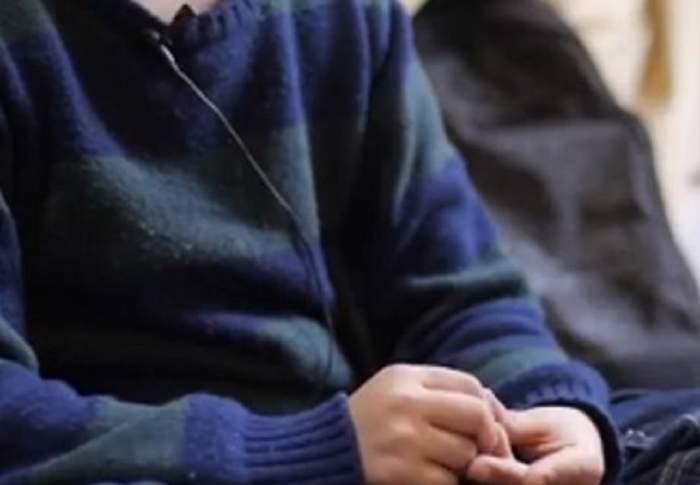 Cazul profesorilor bătăuși continuă! Preot din Prahova, acuzat că a agresat o elevă, la ora de religie