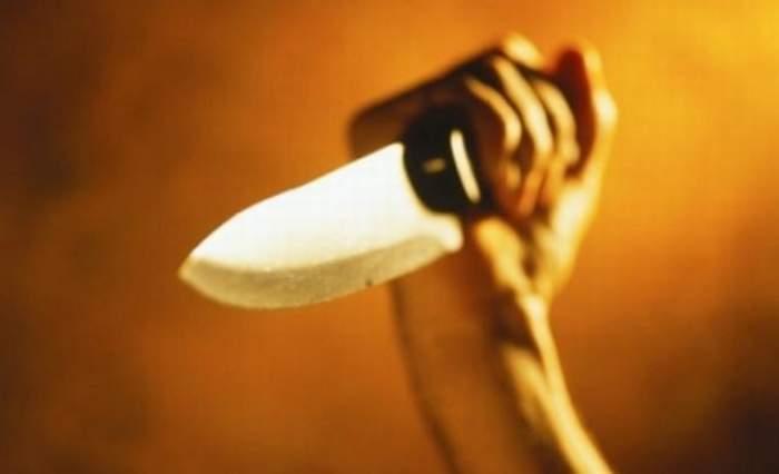 Bărbat ucis de soţie chiar sub privirile neputincioase ale copilului de 5 ani. Tatăl, înjunghiat direct în inimă