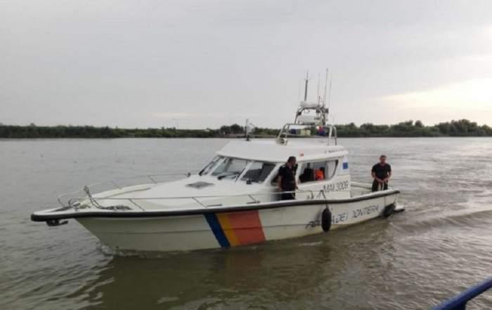 Trei pescari au dispărut în zona 2 mai, după ce au ieşit cu ambarcaţiunea pe furtună