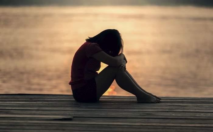 Fetiță de 13 ani, cu handicap, violată și lăsată însărcinată de tatăl vitreg. Ce s-a întâmplat cu copilul
