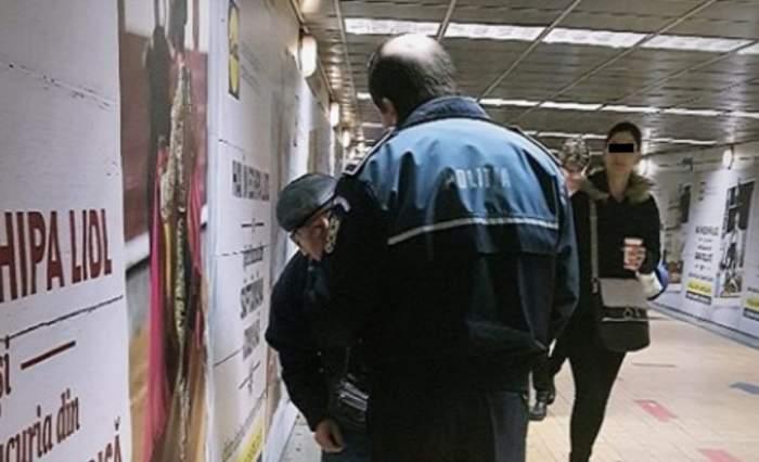 """Bătrânel care cânta la frunză, la Unirii, luat pe sus de polițiști: """"Abia își susținea corpul tremurând într-un baston"""""""