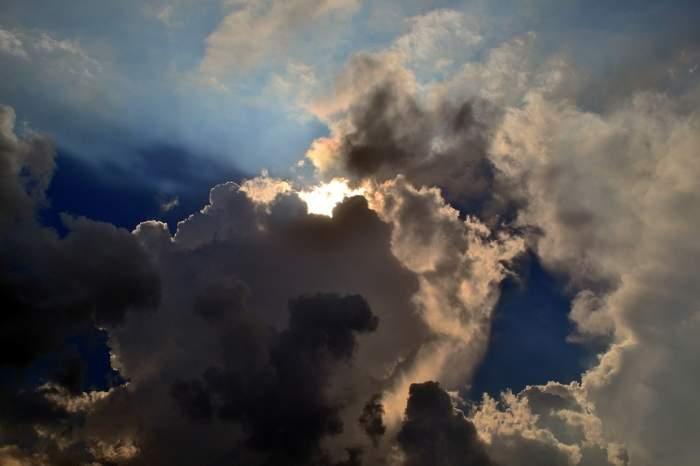 Prognoză meteo, sâmbătă, 20 aprilie. Cum va fi vremea în Bucureşti, Iaşi, Constanţa sau Cluj. Veşti bune de la meteorologi!
