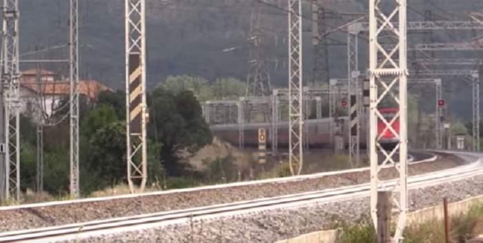 Român de 45 de ani, mort după ce a fost lovit şi târât de tren, în Italia