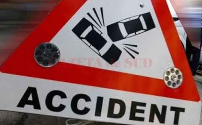 Accident cumplit în Cluj! Un microbuz plin cu pasageri a ieșit de pe partea carosabilă. Se intervine de urgență!