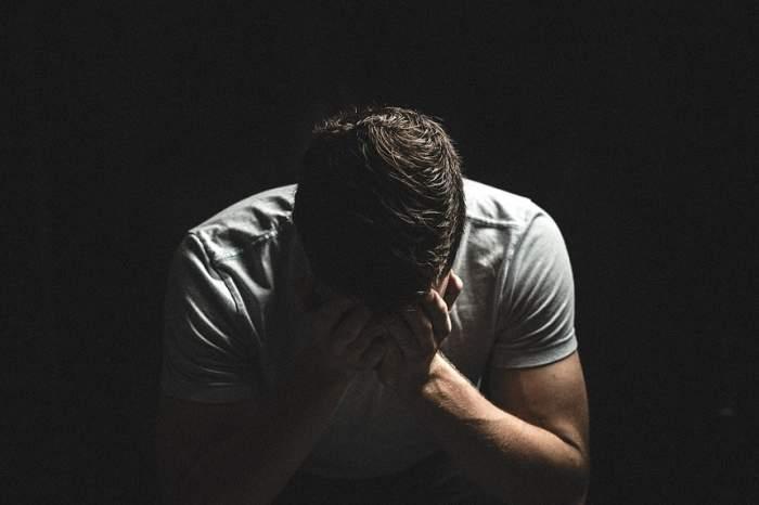 Bărbat de 33 de ani, violat de 3 femei! Au vrut să-i fure lichidul seminal