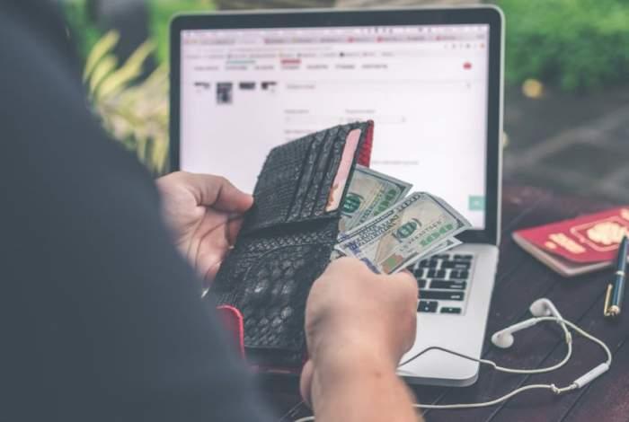 Cum să scapi de datorii cu câţiva paşi simpli