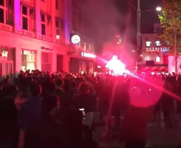 VIDEO / Huliganii englezi și cei olandezi s-au bătut la Londra! Trei polițiști răniți și nouă fani arestați, după meciul Tottenham Hotspur - Ajax