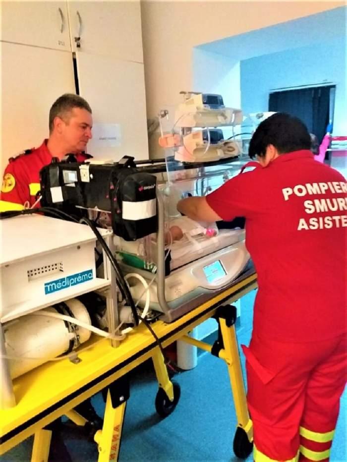 Cursa vieţii pentru un bebeluş! Un echipaj SMURD îl duce de urgenţă la o clinică din Germania, la 1600 km depărtare