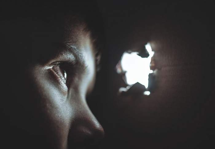 Un copil de doar patru ani din Botoşani a fugit de la grădiniţă. Incredibil unde s-a ascuns