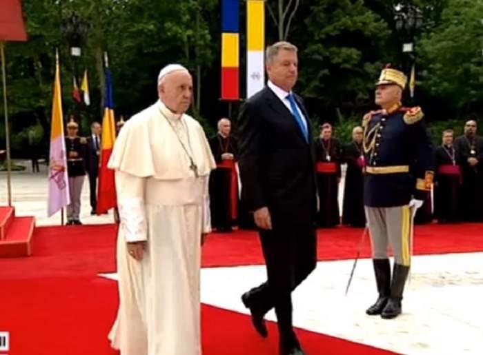 Ce se întâmplă în aceste momente la Palatul Cotroceni, acolo unde se află Papa Francisc
