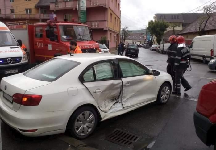 Beat şi fără permis, un bărbat a făcut prăpăd pe străzile din Cluj! Sunt trei victime