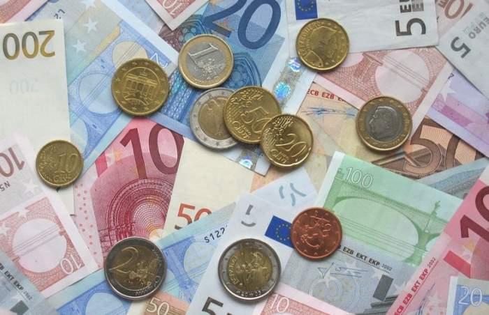 Curs valutar BNR azi, 9 mai: Euro a scăzut, dolarul crește